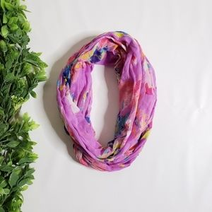 AEO AMERICAN EAGLE Floral Infinity Scarf.